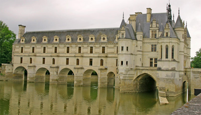 The Loire Valley between Sully-sur-Loire and Chalonnes