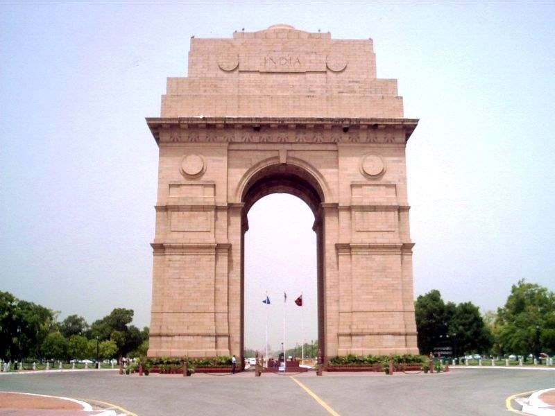 Archaeological monument india gate 1921 for Archaeological monuments in india mural paintings